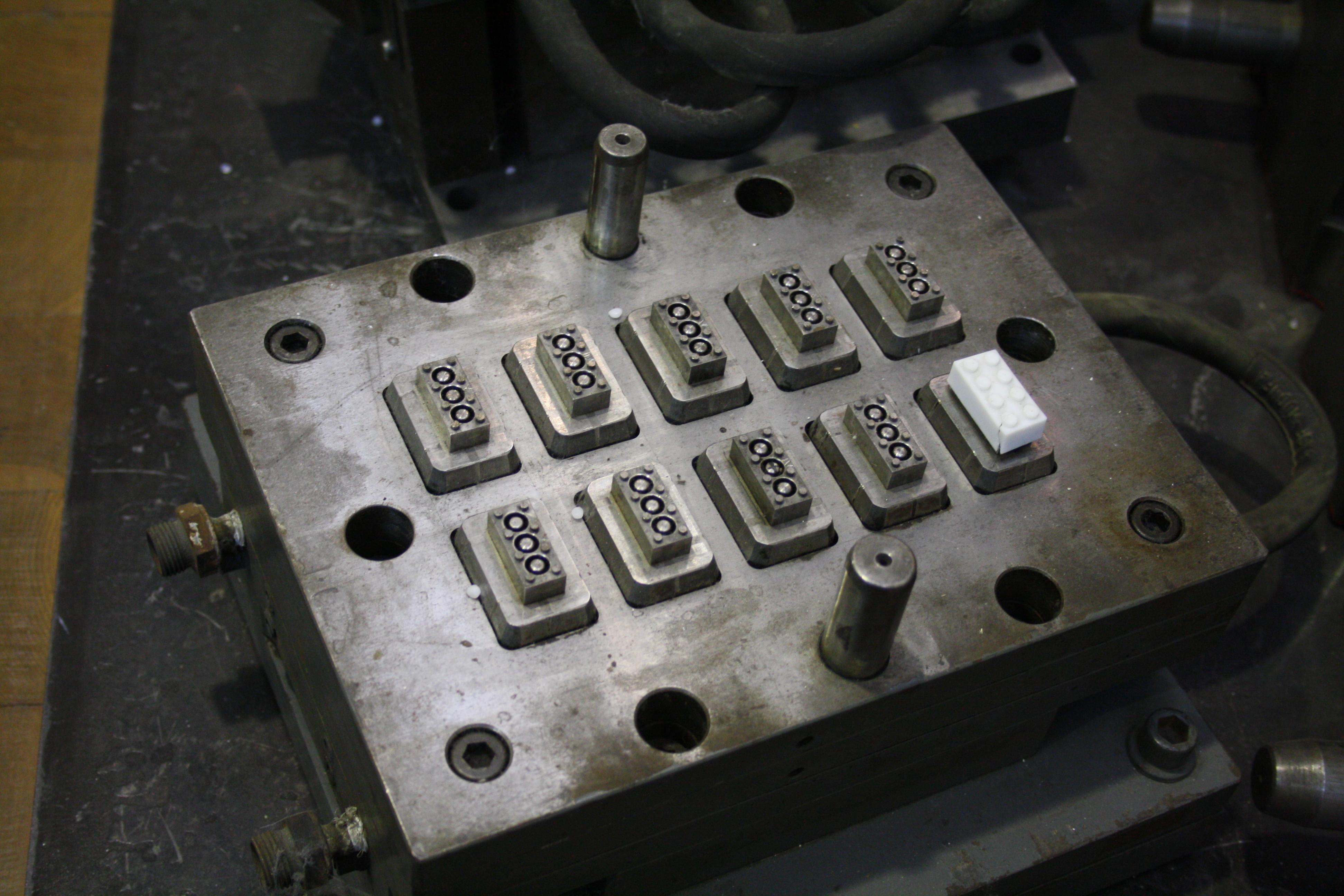 Lego Injection Mold