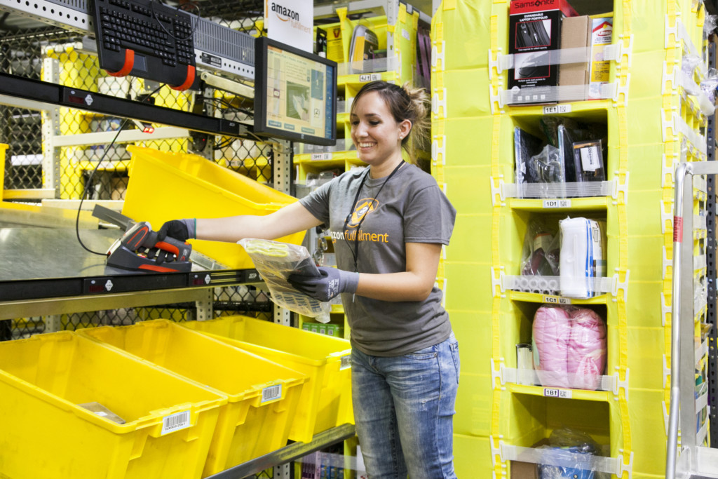Amazon Robotic Pick Station