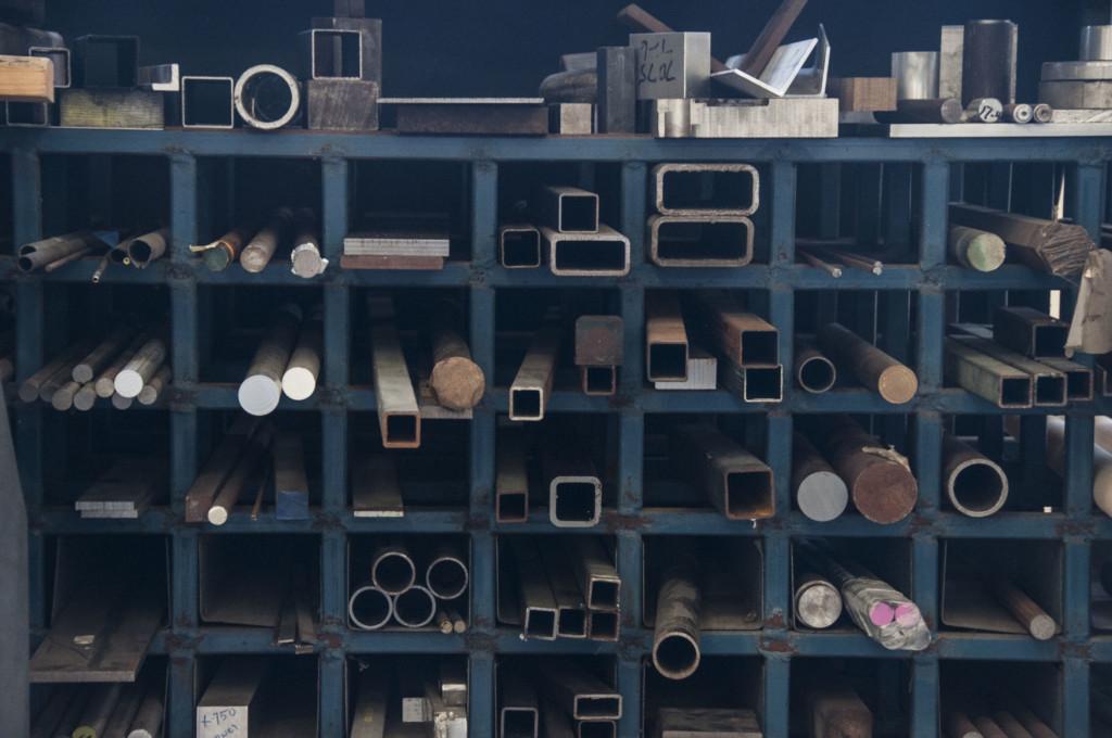 Metal Profile Storage Shelf