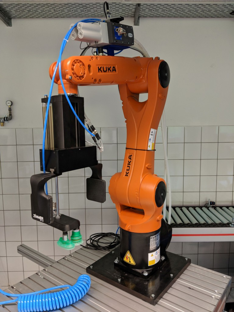 HS Karlsruhe Robogistics Laboratory